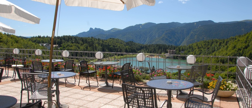 grand-hotel-astoria-lake-lavarone-terrace-overlooking-lake.jpg
